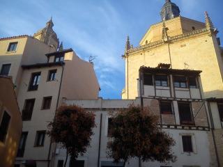 SAN GEROTEO Apartamento en el centro de Segovia