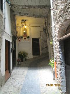 Another of the narrow streets in the centre of Pigna