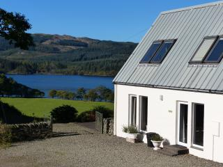 looking over lovely Loch Awe, Argyll - Stable Cottage
