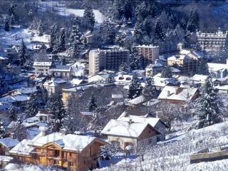 Le Royal à 100m de la télécabine wifi casier à ski, Brides-les-Bains