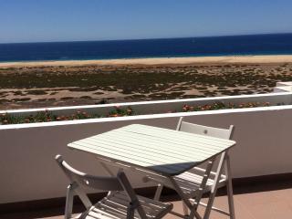 300 m beach ocean view top floor studio flat, Morro del Jable
