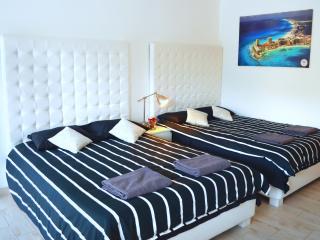 Valderama Apartment Suite, Miami Beach