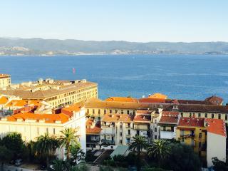 LOCATION 6 pers COEUR D' AJACCIO Vue mer, Ajaccio