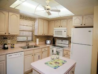 Bright & Spacious Kitchen with everything you need!