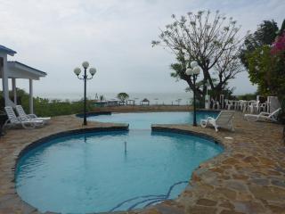 Beach Front Villa!, Nueva Gorgona