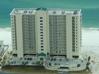 Spacious  and Beautiful  Waterfront Condo, Cayo Perdido