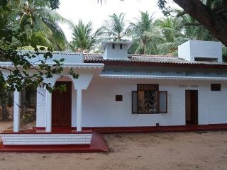 LITTLE WHITE HOUSE, Trincomalee
