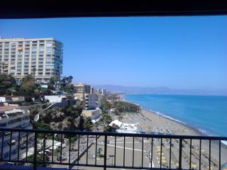 Apto 1ª linea de playa Torremolinos. Wifi Gratis