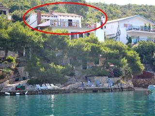Apartment in Villa situated in beautiful Hvar bay