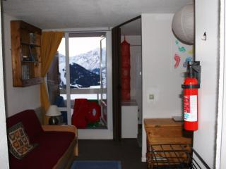 Ski Apartment within easy walk of lifts and town.