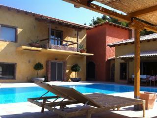 Villa Daphne in Damia, Evia, Limni