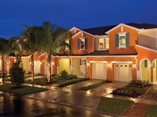 3 BED 3 BATH LUXURY CLOSE TO DISNEY/CELEBRATION, Kissimmee