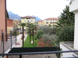 DETACHED HOUSE IN CENTER IN BELLA VILLA APARTMENTS
