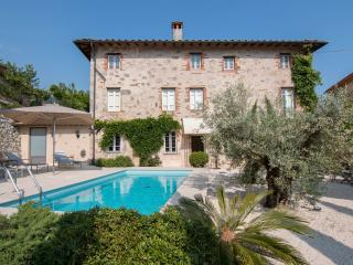 Delightful villa near Tuscan beach town of Forte d
