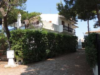 Villino Alba, arredato, indipendente e sul mare, Sperlonga