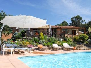 air conditioning, heated pool, wooded garden, game, Greasque