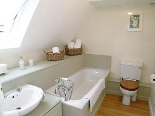 Everything you need in a bathroom. Toilet rolls, hand wash, bath and hand towels supplied by us