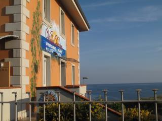 Villa Doria Casa Vacanze TRILOCALE D 6 posti letto