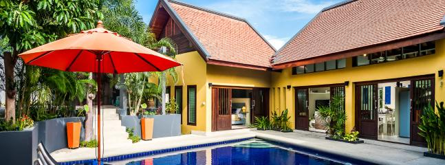 Beautiful Palm View Villa