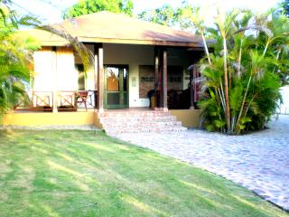 Vacation house with a lot of amenities, Sosua