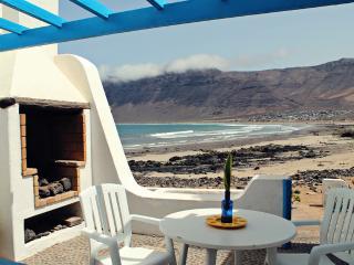 Casa de Famara - en primera línea de playa