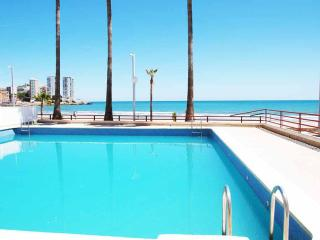 ApartUP La Concha Beachfront II. Pool+PK