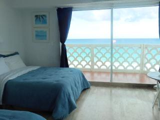 BEACH FRONT Cancun Condo
