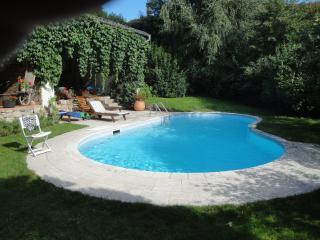 Location maison de charme, piscine chauffée, près
