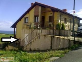 Apartamento en casa de estilo cántabro vistas mar, Pechon