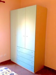 2nd Bedroom - Wardrobe