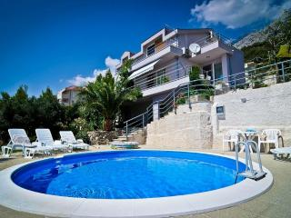 Villa Put (10+1) - Makarska