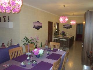 Maisonette, Gharb