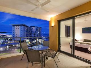 5506 Absolute Waterfront Harbour-View Apartment, Darwin