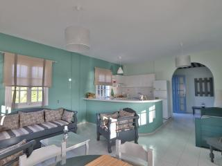 Kini Bay Two Room Apartment-Veranda & Sea View No1