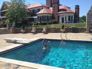 Estate Property With Resort Amenities Located In Prestigious West Carmel