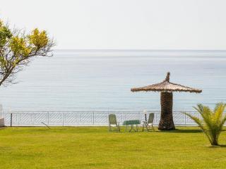 Villa in Mola Kaliva, Kassandra, ID: 2372