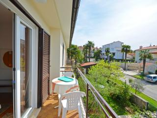 Apartments Milan - 73251-A2, Porec