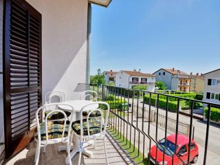 Apartments Nevenka - 75391-A1, Umag