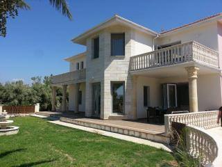 Exclusive Luxury Villa - Close to Latchi Resort
