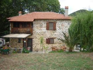 Detached house in Pyrgadikia, Athos, ID: 396