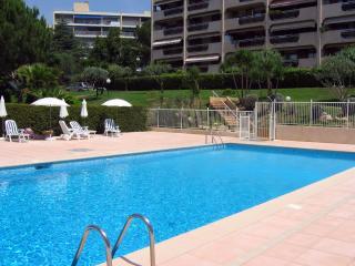 Bel Appartement Nice Vue mer piscine