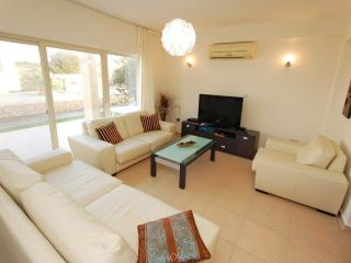 splendid 3 bedroom holiday apartment, North Cyprus, Ayios Amvrosios