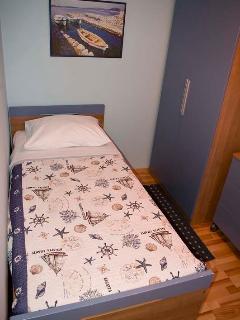 Sleeping room3