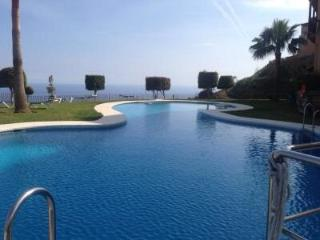 Modern Duplex Apartment Calahonda sea /pool views