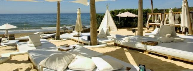Nikii's Beach marbella