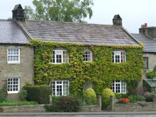Traditional Yorkshire stone cottage -Ripon