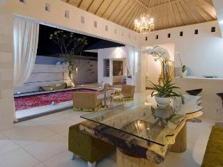 Seminyak - Bali Private Villa Ii