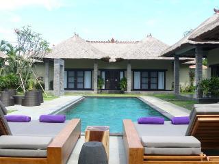 Seminyak - Bali Seminyak Garden View Villa M