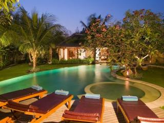 Oberoi - Bali Luxury Villa Maha Raja 4 Bedrooms, Penebel