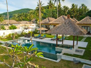Candi Dasa - Bali Ocean View Villa 3 Bedrooms, Candidasa